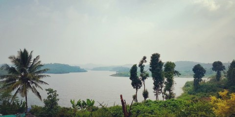 A shot of Karapuzha reservoir from our room