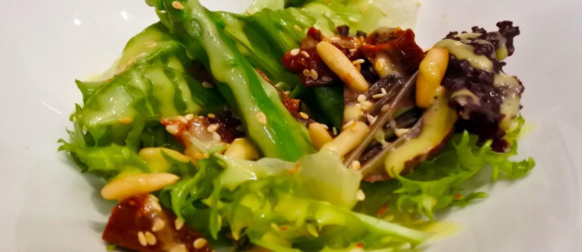 Insalata di asparagi - an asparagus salad with sundried tomatoes, sesame seeds, and pinenuts