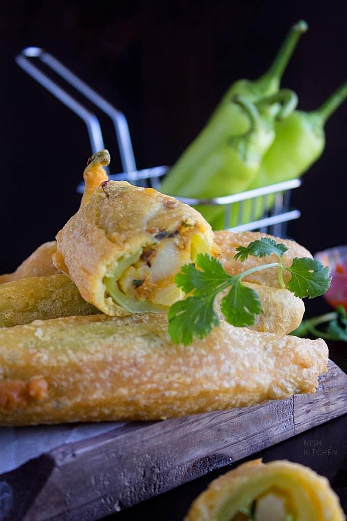 stuffed chilli pakora recipe video