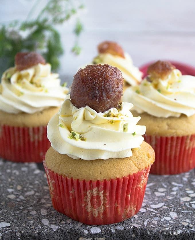 gulab jamun cupcakes recipe video