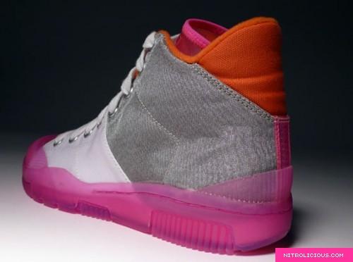 nike-outbreak-clear-pink-5.jpg