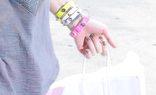 katy-perry-minx-nails-fingers