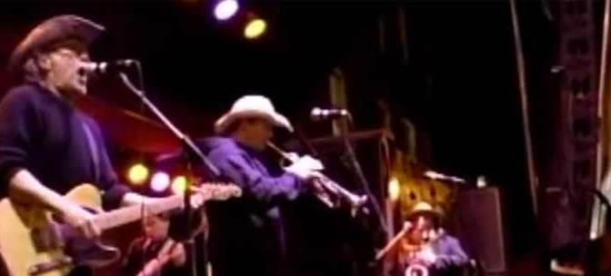 "Brave Combo rocking polka version of ""Must Be Santa"" at Oktoberfest"