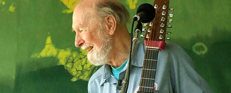 Pete Seeger folk singer and activist dead at 94