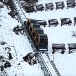 世界一急勾配のケーブルカー「シュトースバーン」(スイス)最大勾配110%