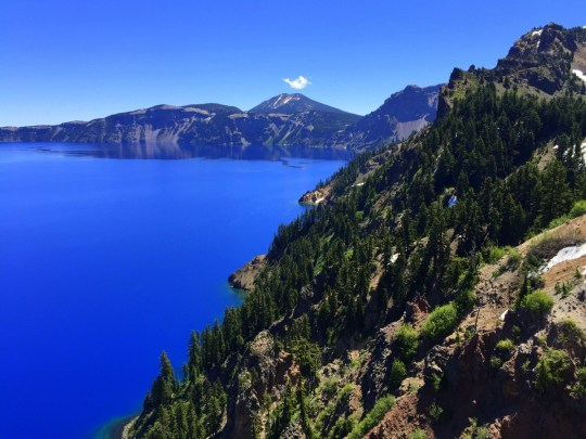 Crater Lake - Oregon Road Trip Itinerary