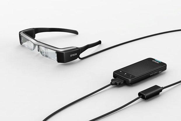 Alumnos de primaria usan lentes inteligentes de Epson como herramienta educativa