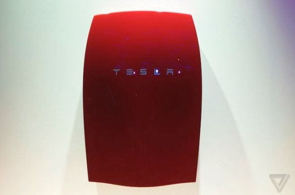 Tesla batteries are sold out until 2016 - via Curbed