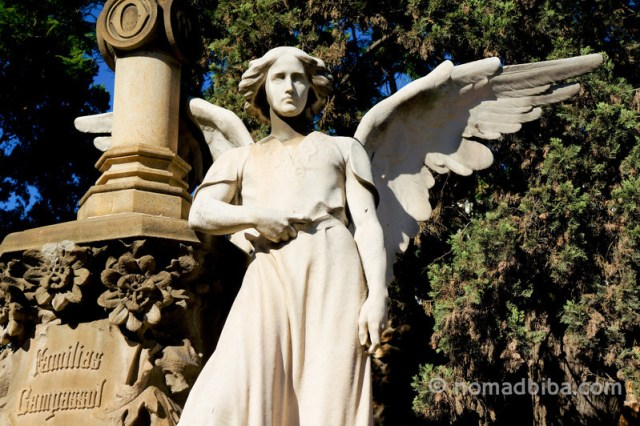 Angel sculpture by Josep Llimona