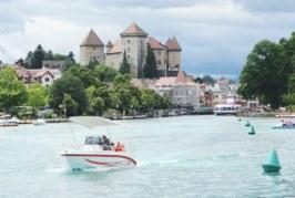 Passeio de Barco no Lago de Annecy
