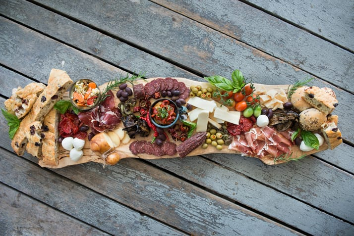 alchedesigns-charcuterie-board-with-carnivore-club-cured-meats