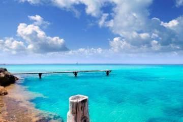 illeta wooden pier turquoise sea Formentera