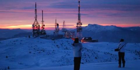 A 2125 metri il freddo è tagliente, ma per uno scatto simile lo si affronta volentieri.