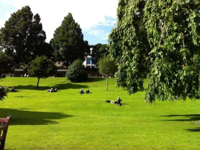 Princes Gardens - Edimburgo, Scozia