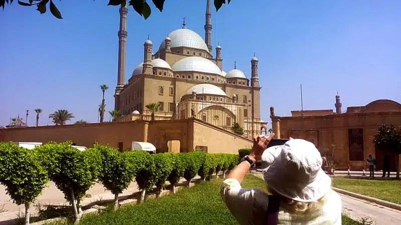 Visitare l'Egitto oggi: piramidi, immersioni e sicurezza per la rinascita turistica