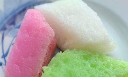 Vietnamese Desserts: Banh Bo – Coloured Rice Cakes