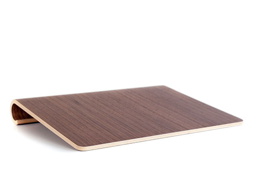 MacBook Stand 15 inch Walnut