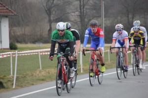 Max zum ersten Mal im Trikot des Nord West Cycling Team beim Rennen in Herford.