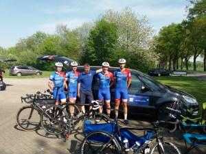 Die Fahrer des NWCT um unseren sportlichen Leiter Jürgen Rottmann geschafft aber zufrieden nach dem Rennen.