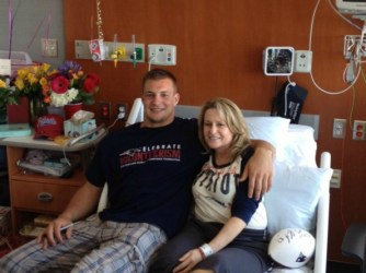 &quot;Gronk&quot; visits Roseann (Photo: GoFundMe.com/Roseann