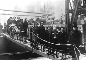 Arrival of Jewish refugees, London, Feb 1939
