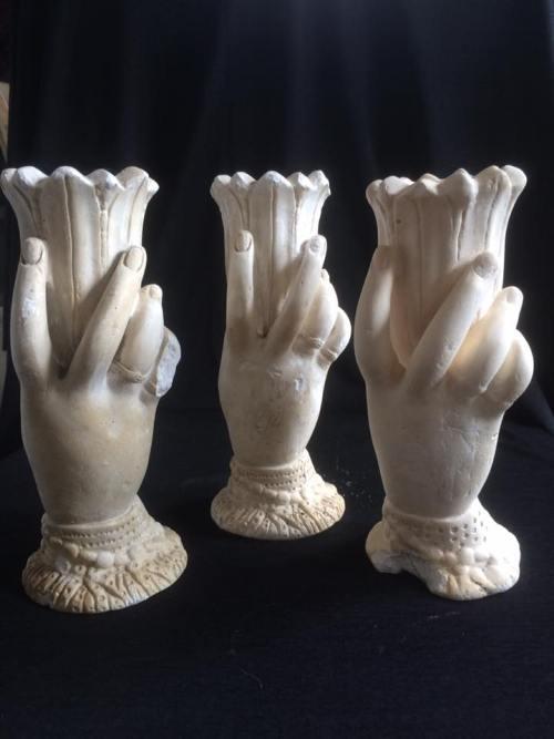 chalkware-spill-vases
