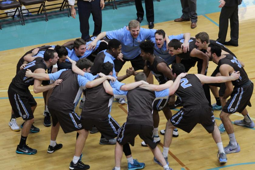 The Jumbos have a lot to celebrate after destroying two NESCAC opponents this weekend. (Courtesy of Tufts Athletics)