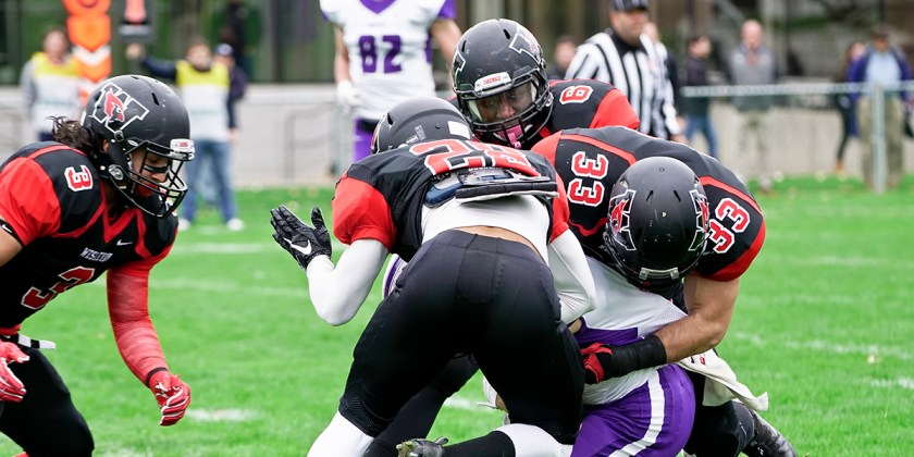 The Cardinals forced 5 turnovers en route to a 20-0 victory on Saturday (Courtesy of Lianne Yun/Wesleyan Athletics)