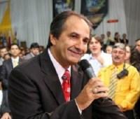 Pastor Silas Malafaia vai lançar um dos pastores de sua denominação como candidato a vereador pelo PMDB
