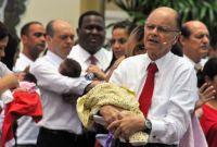 Bispo Edir Macedo instrui para que crianças sejam consagradas na Igreja Universal, contra influência maligna
