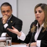 """Audiência Pública para debate do projeto apelidado de """"cura gay"""" termina em bate-boca e tumulto"""