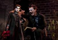 """Peça de teatro """"O jardim do inimigo"""" comemora dez anos de apresentações com lançamento de DVD. Confira"""