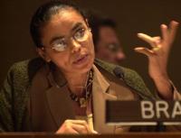 """Marina Silva critica Rio+20 e afirma que propostas são """"pá de cal"""" na preservação do meio-ambiente"""
