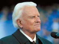 Evangelista Billy Graham é internado devido a crise de bronquite e infecção nos pulmões