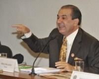 """Eleições: Silas Malafaia anuncia que não apoiará nenhum candidato no primeiro turno, mas diz que não """"dará refresco"""" para Haddad no segundo turno"""