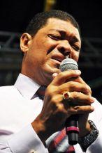 Igreja Mundial: dívidas de R$ 21 milhões e denúncias de desvios de dízimos derrubam 100 líderes da denominação
