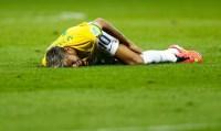 """Neymar diz ter proteção divina contra lesões nas duras faltas que recebe: """"Deus é meu anjo da guarda"""""""