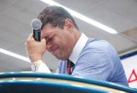 Igreja Mundial enfrenta 25 ações de despejo e crise derruba braço direito de Valdemiro, diz jornalista