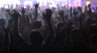 Igrejas podem ser obrigadas a pagar taxas de direitos autorais para tocar músicas em cultos