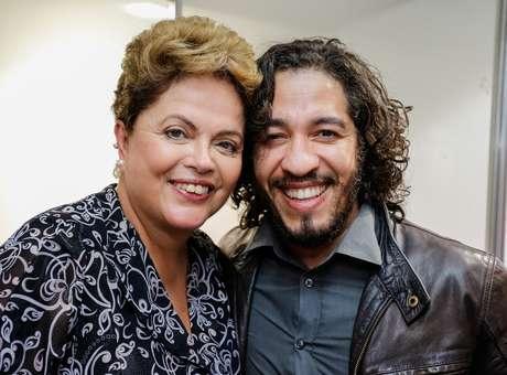 dilma rousseff jean wyllys - Blog Evangélico | Dilma defenderá regulação da mídia e criminalização da 'homofobia'.