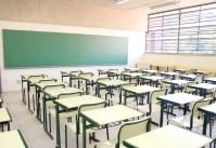 Projeto de lei quer obrigar escolas a respeitarem orientações da família sobre sexo e religião