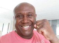 """Eleito deputado federal, Irmão Lázaro diz que lutará contra a homofobia: """"Pessoas são livres"""""""