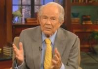 Pastor Pat Robertson diz que homossexuais são terroristas que usam o governo contra os cristãos