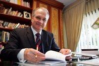 Senado aprova Luiz Fachin como novo ministro do Supremo; Magno Malta critica decisão