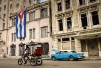 Missionários distribuem mais de 80 mil Bíblias em Cuba para suprir crescimento de cristãos no país