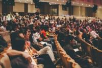 Pesquisa confirma que eventos organizados por igrejas têm atrativos maiores que cultos