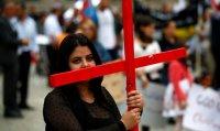 Cristãos do Iraque estão à beira da extinção, dizem fiéis em fuga do Estado Islâmico; Ore