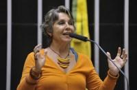 Deputada apresenta projeto de lei para responsabilizar igrejas por crimes cometidos por fiéis