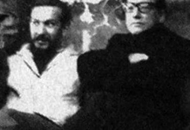 """El juez Cabral (campera blanca), cuando era un militante de la """"izquierda nacional"""". A su lado, el líder histórico de esa corriente, Jorge Abelardo Ramos."""