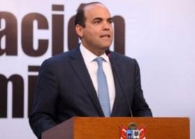 El presidente del Consejo de Ministros, Fernando Zavala, anunció la aprobación de los primeros decretos legislativos para acelerar la inversión pública. | Fuente: ANDINA